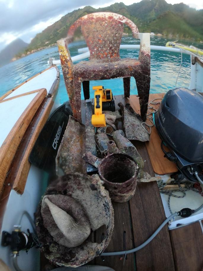 Détritus ramassés dans le lagon